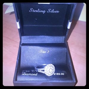 💝WOW!!⬇⬇STERLING SILVER DIAMOND RING
